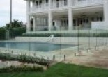 Frameless glass Hunter Fencing Company